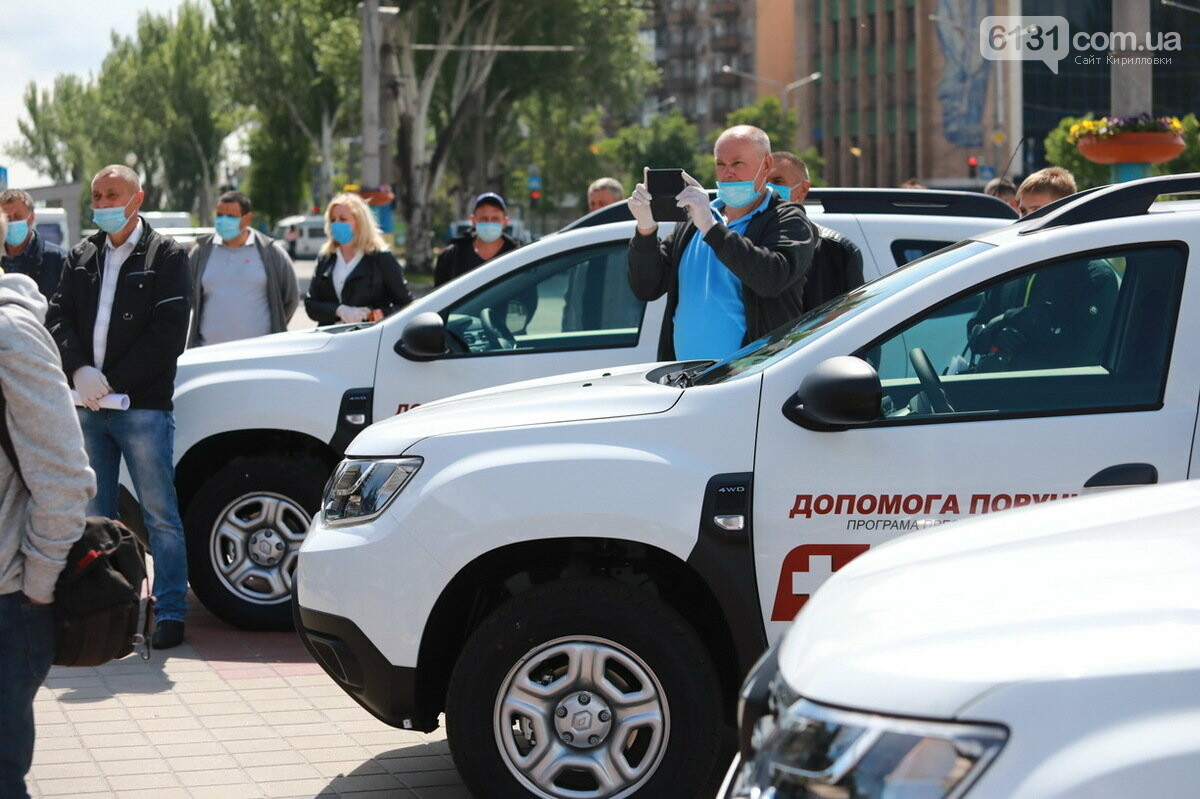 Якимівський район отримав два нових авто для медиків, фото-3