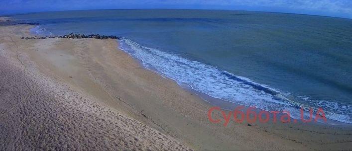 У  Кирилівці вітер відігнав море від берега, фото-1