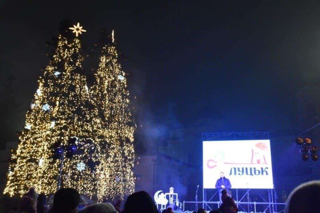Новогодняя ёлка в Луцке
